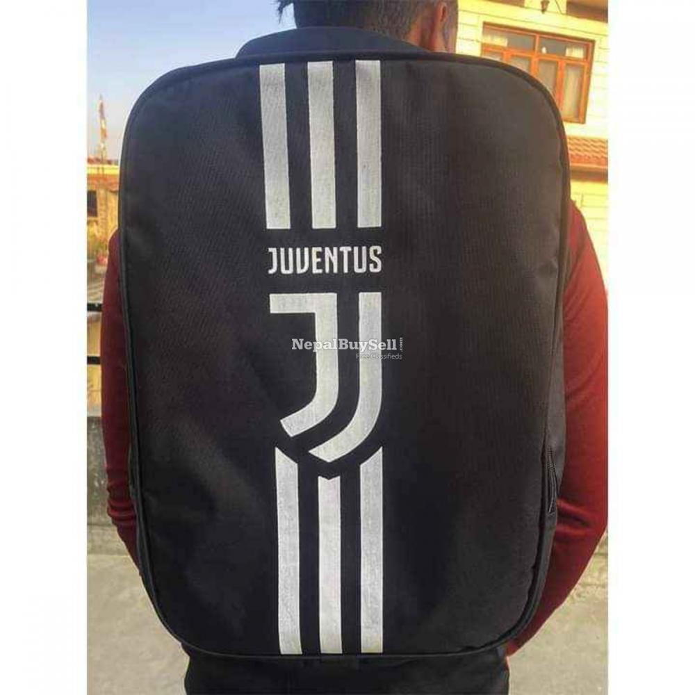 Football Team Bags - 1/2