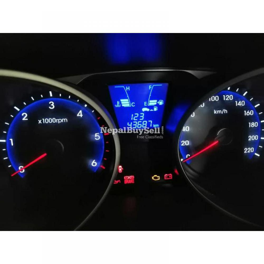Hyundai Tucson 4WD 2012 sale - 3/5