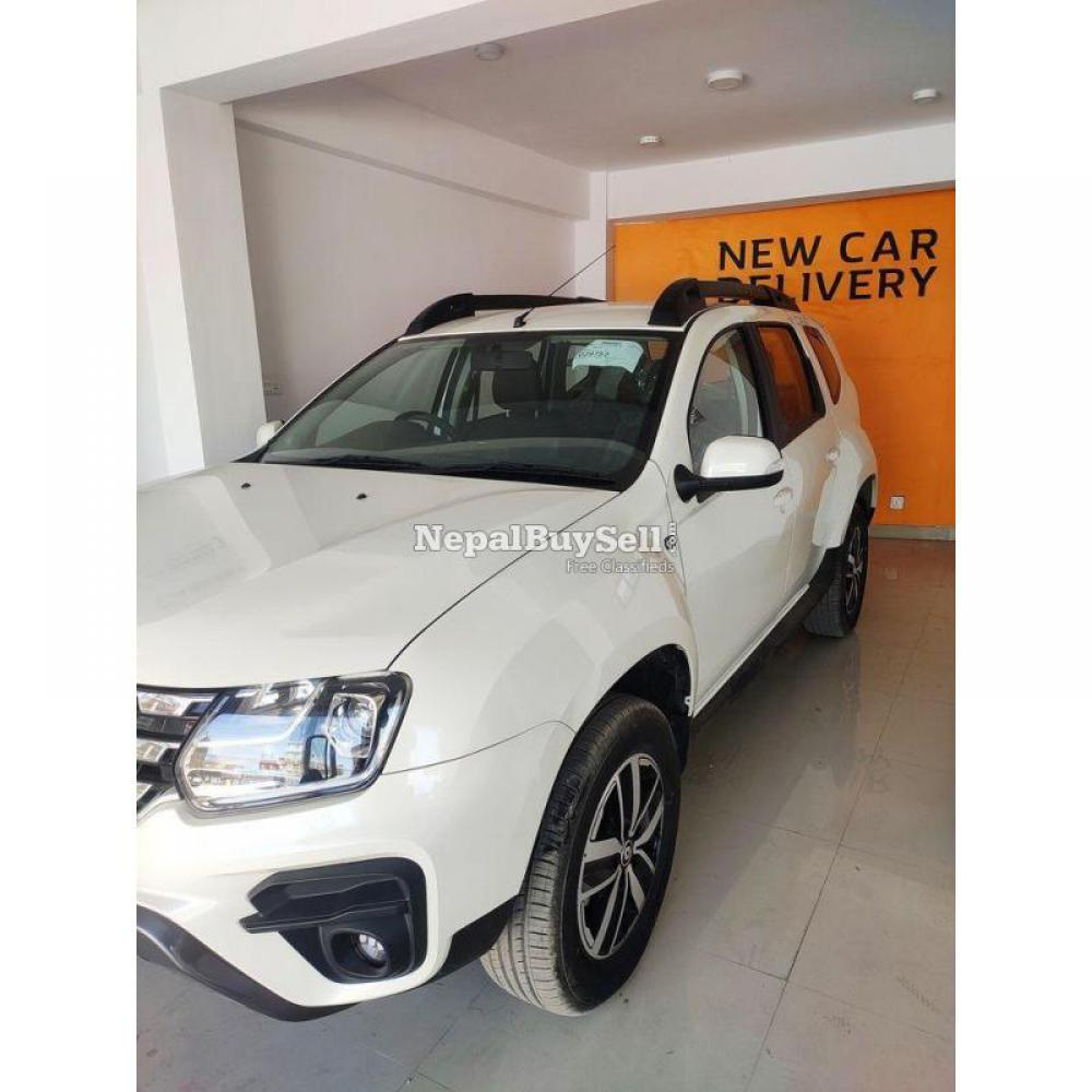 New Renault Duster Rxs DLS - 2/4