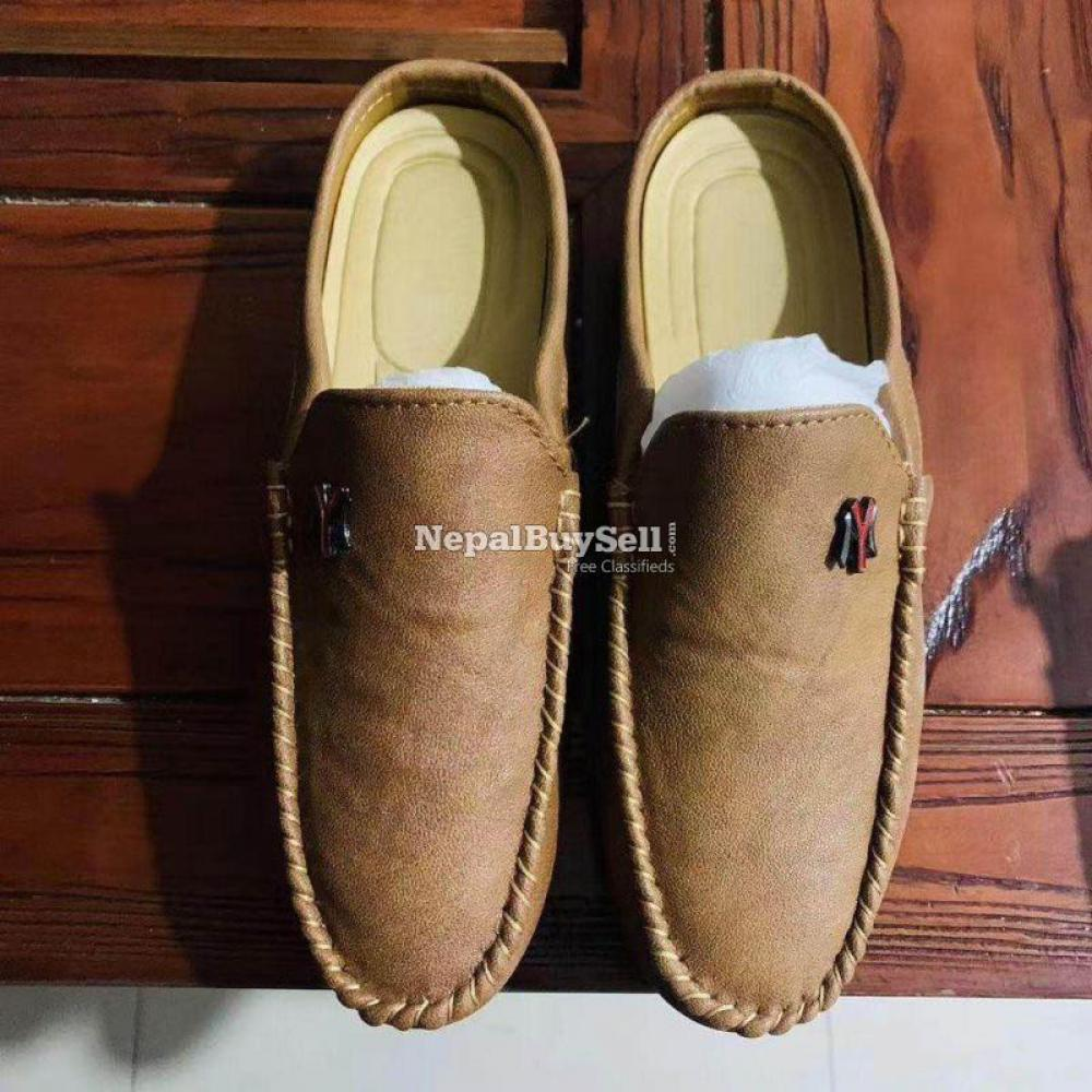 Men's Loafer Shoe Wholesale ( Above 20 pairs) - 1/2