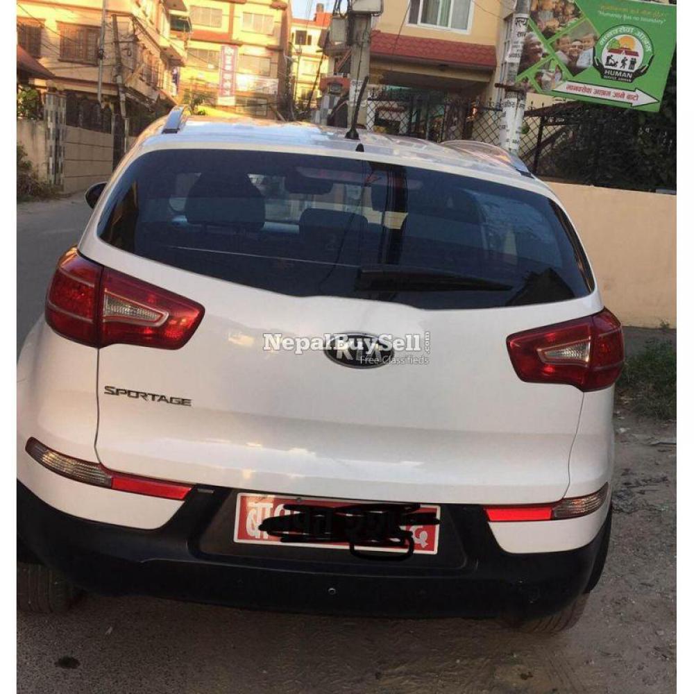 Kia Sportage ( AWD) 2013 - 2/3