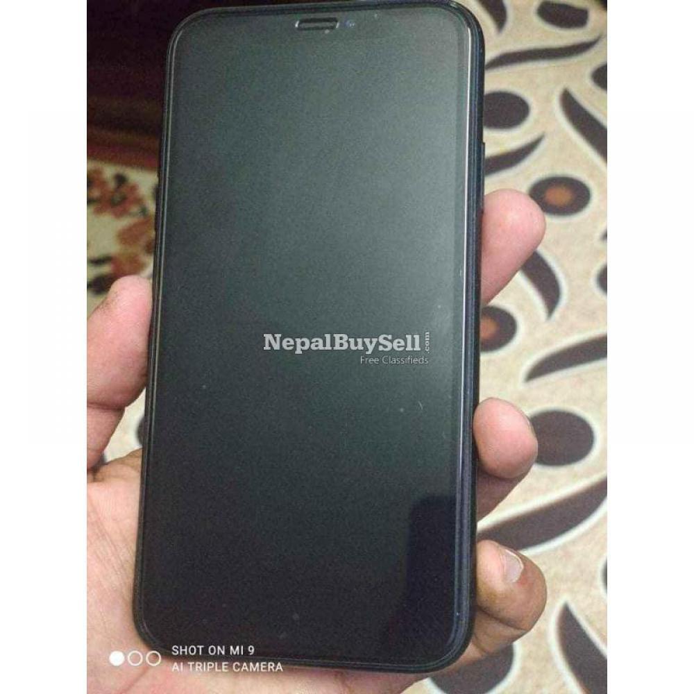 Iphone xr 256 - 2/3