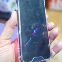 I phone 7 jet black 32 gb og charger