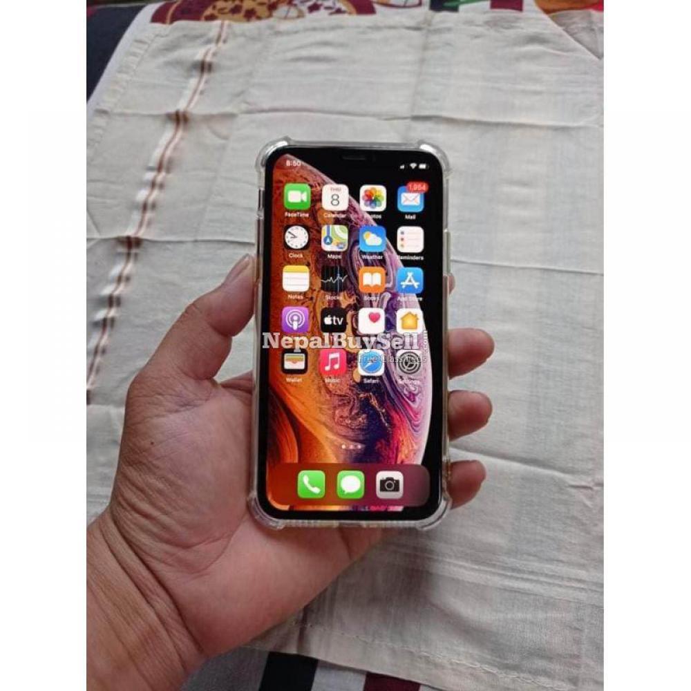 I phone xs Urgent sell - 2/5