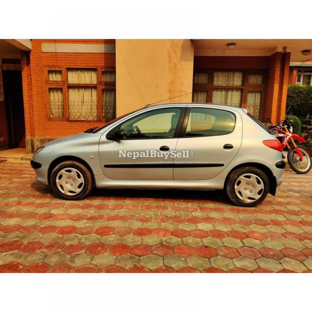 Peugeot 2000 model on sale - 4/5