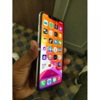 iPhone XS Max 64GB fully unluck