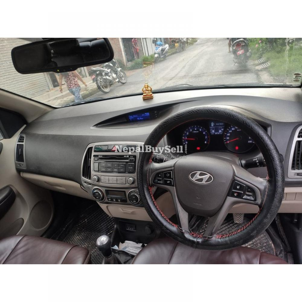I20 asta push buttom 2013 on sell new shape - 2/4