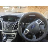 Ford focus 1.6 automatic 2014