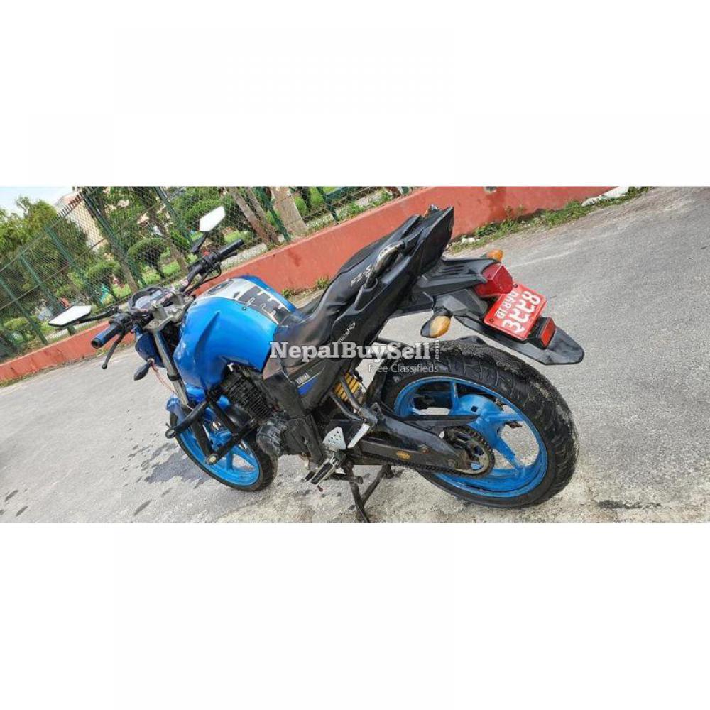 Yamaha fzs bike on sale - 1/5
