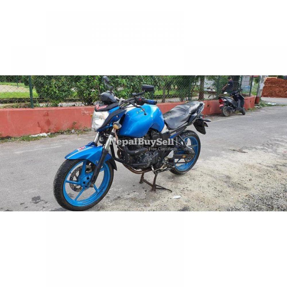 Yamaha fzs bike on sale - 2/5