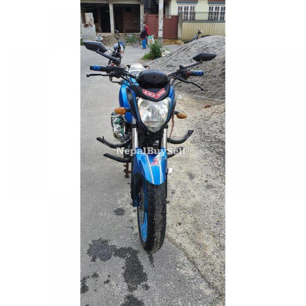 Yamaha fzs bike on sale - 3/5