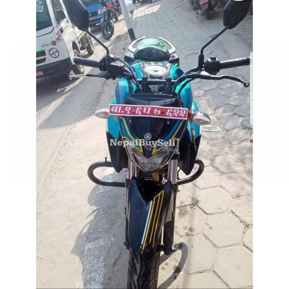 Yamaha fz25 96 lot - 3/4