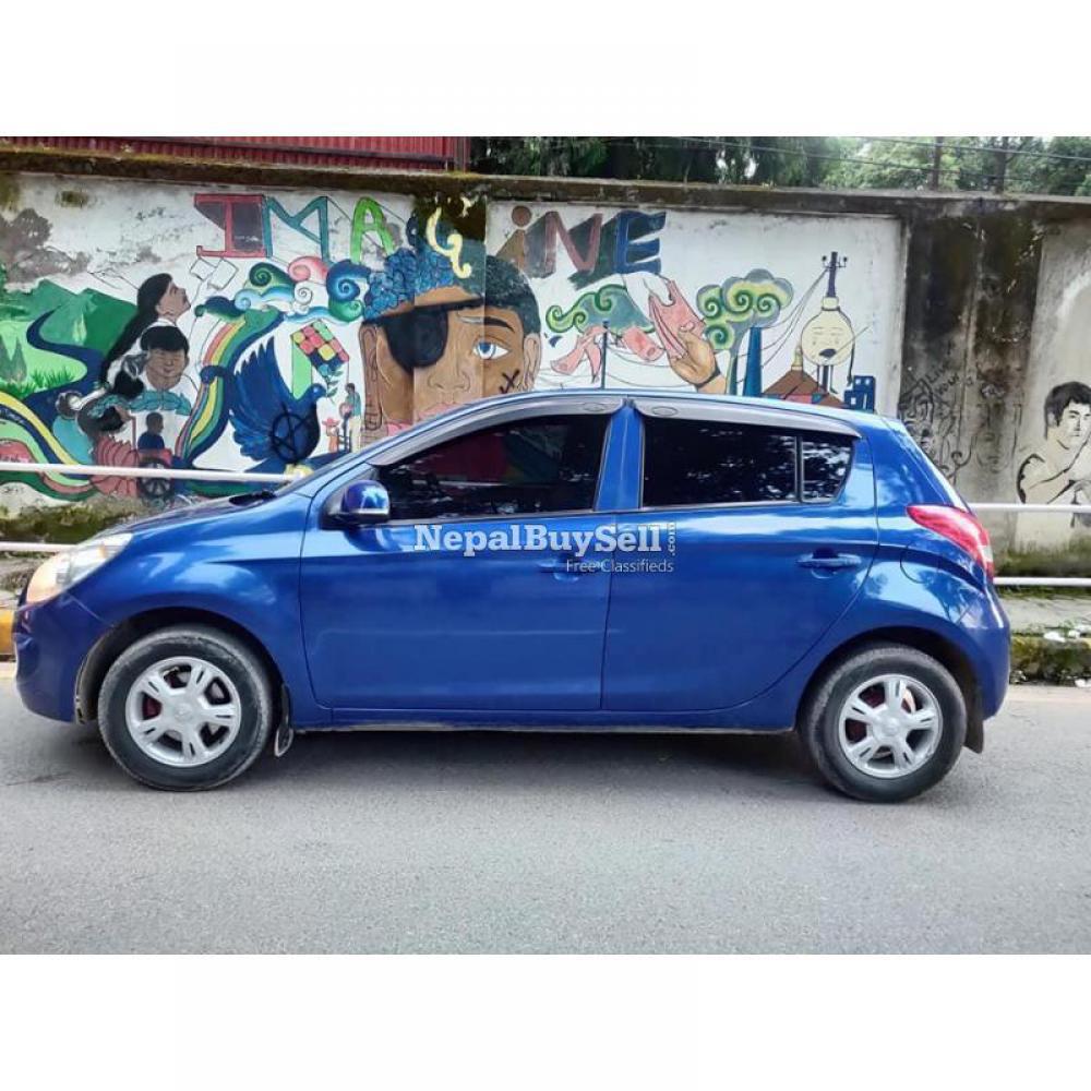 Hyundai I20 astha 2010 - 2/5