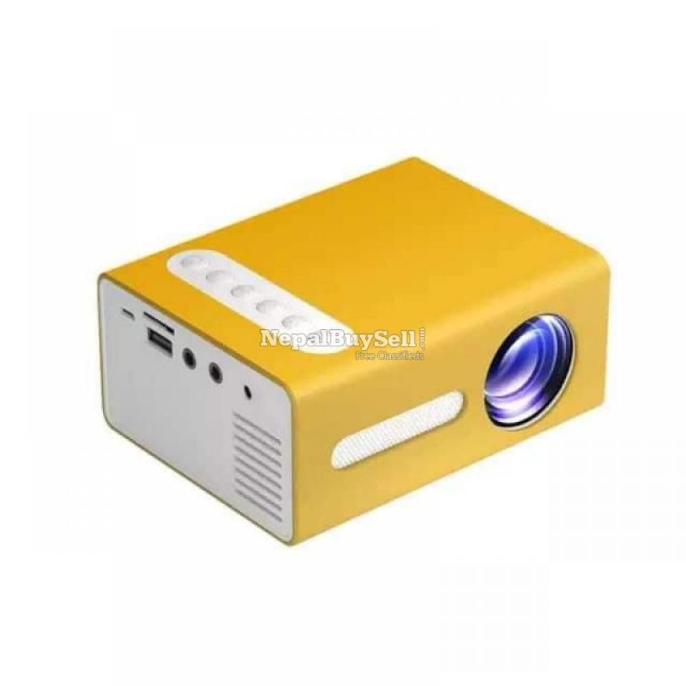 UNIC T300 Mini Projector - 3/8