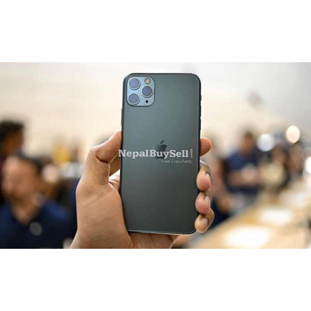 iPhone 11 Pro Max with 2 month warranty - 2/2