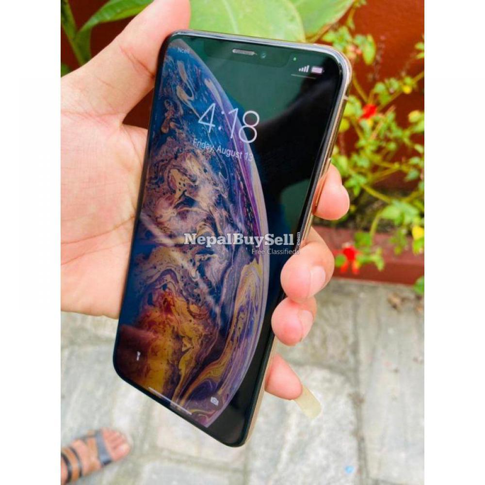 iPhone XS Max - 1/6