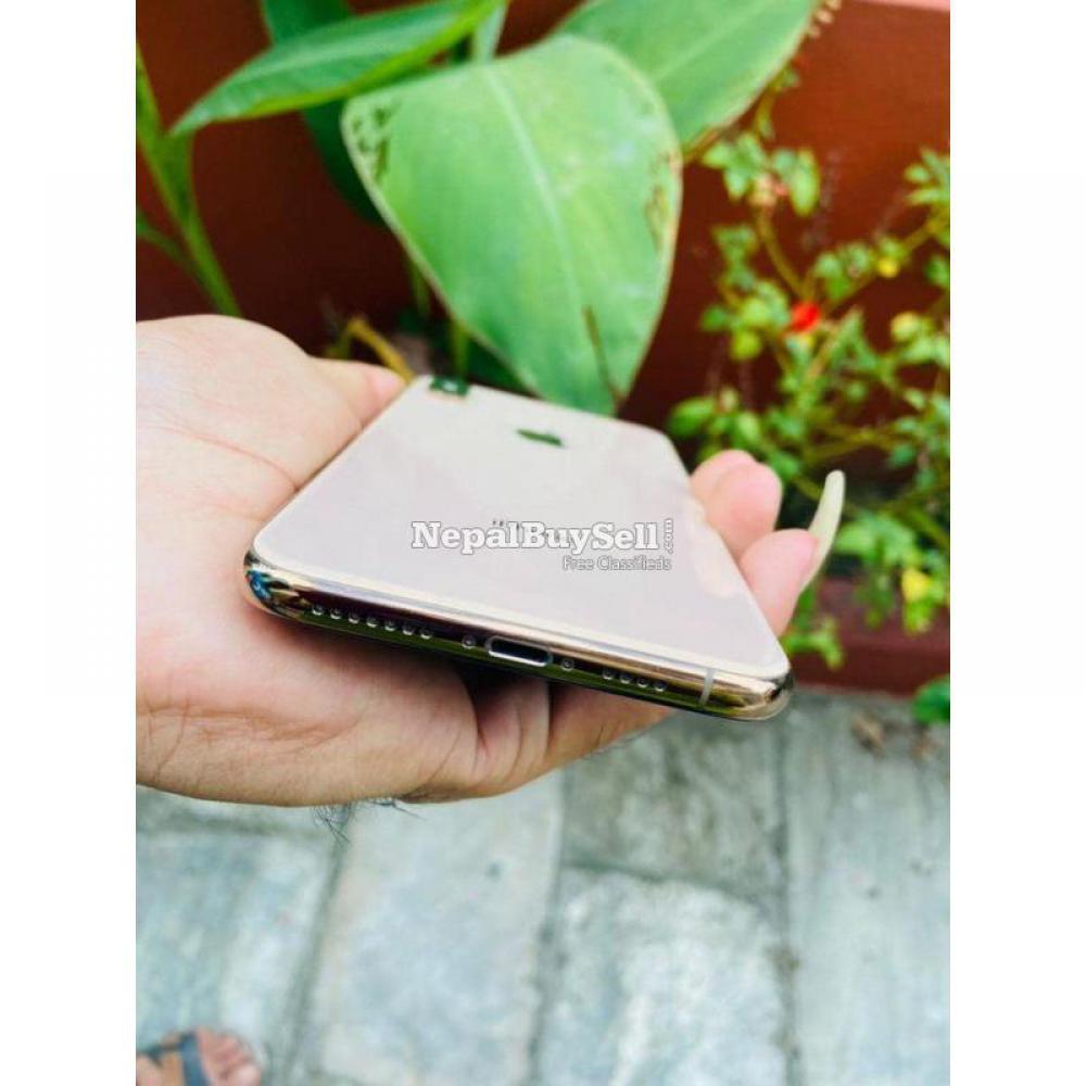 iPhone XS Max - 4/6