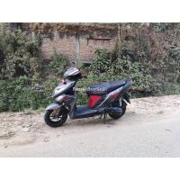 110 lot Yamaha rally street zr on sell